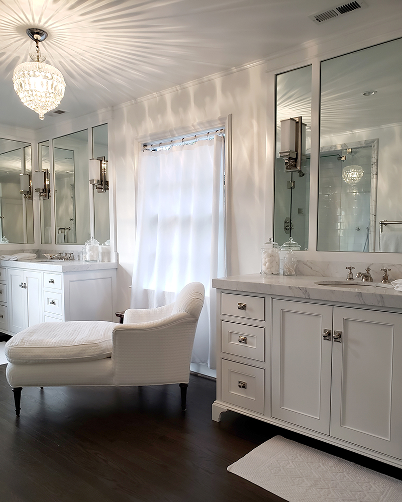 Freshly painted bathroom with Chantilly Lace paint