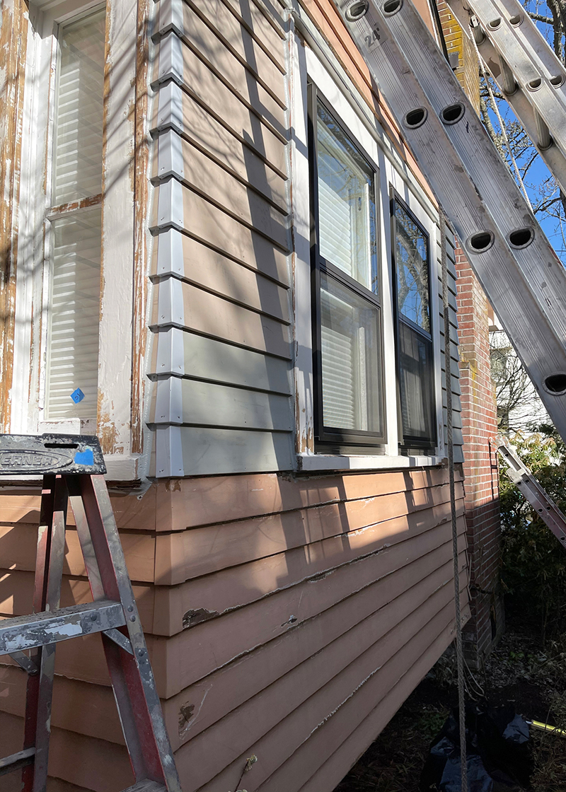 Construction of siding on a house